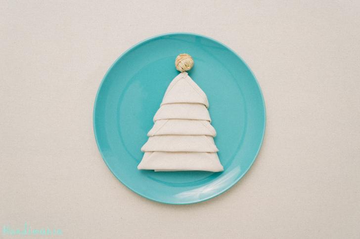 christmas-tree-napkin-fold20