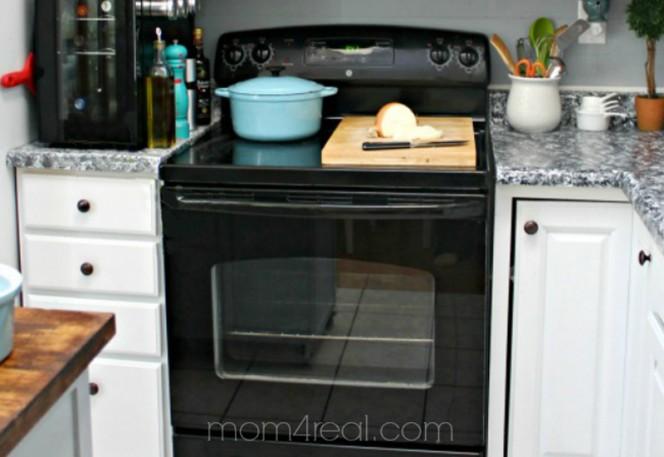 clean-an-oven-door-04