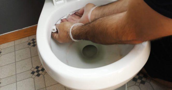 6 Amazing Hacks to Make Your Bathroom Look New Again!