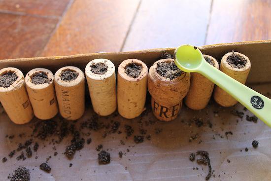 cork-planters-02