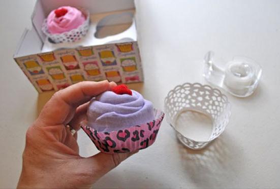 cupcake-onsies-gift-01