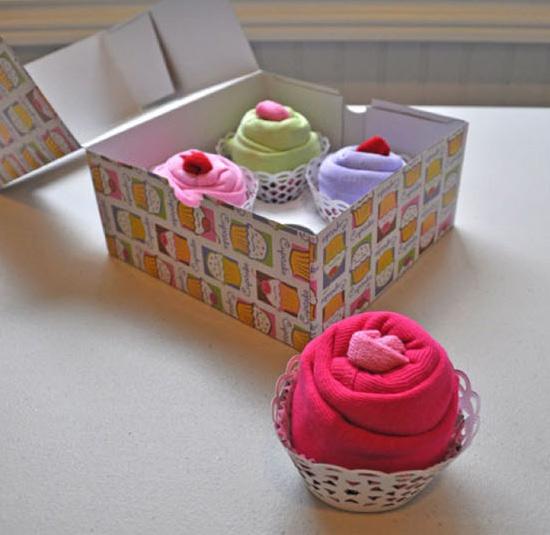 cupcake-onsies-gift-02