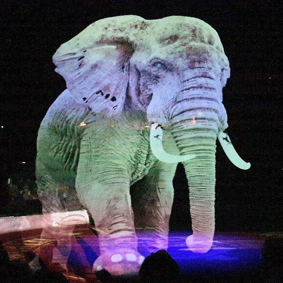 An Innovative Circus with Holograms Instead of Animals!