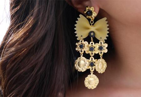 d&g-past-earrings-fi