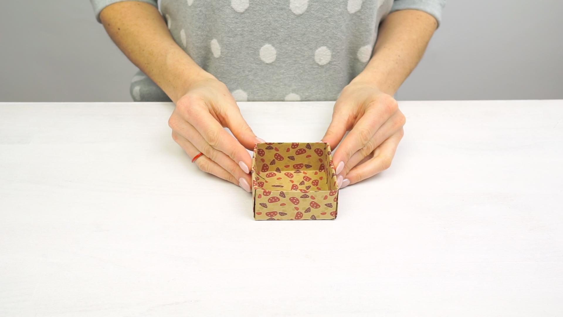 easy-origami-box-01