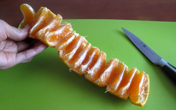 easy-way-to-eat-mandarin-oranges-04