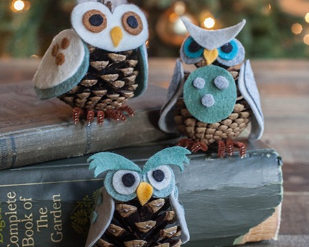 felt-and-pinecone-owl-fi