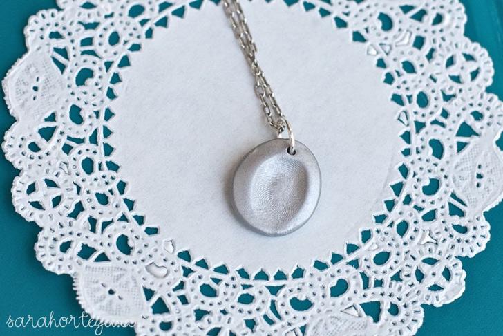 fingerprint-jewellery-necklace-02