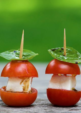 11 Beautiful Yet Such Simple Ways to Serve Food. A Yummy Table Decoration!