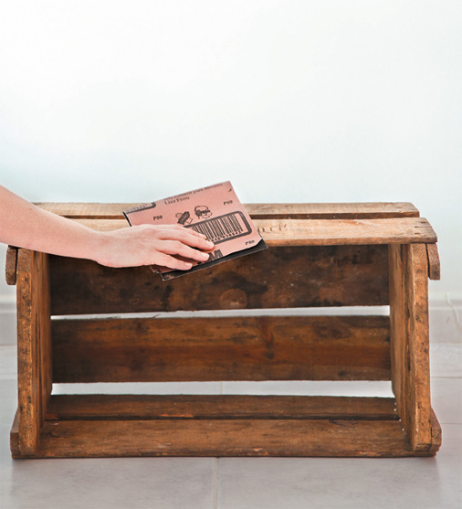 fruit-crate-shoe-bench-step01