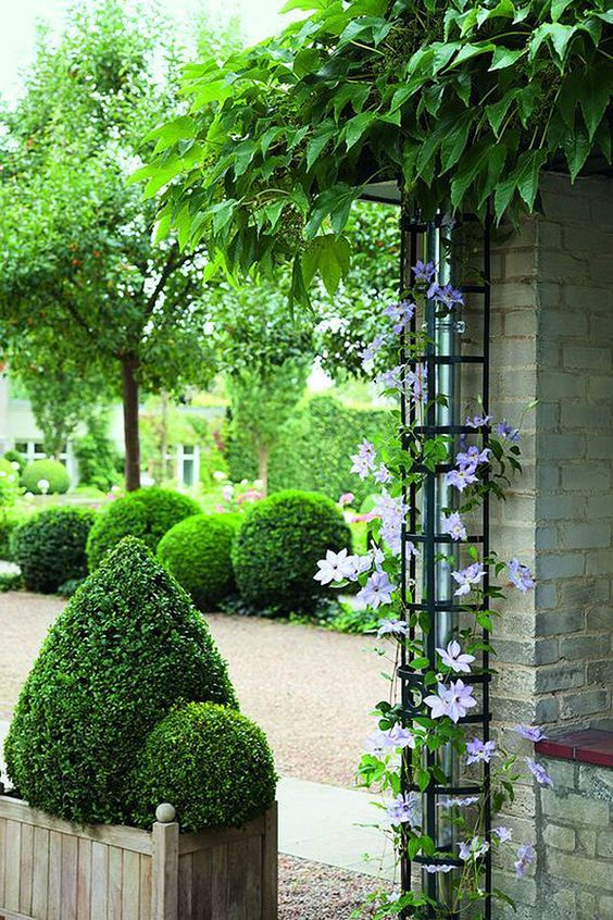 17 Garden Designs That Will Take You Just a Weekend to Prepare