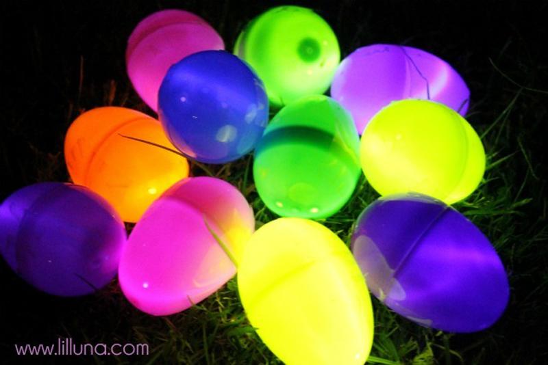 glowing-easter-eggs-02