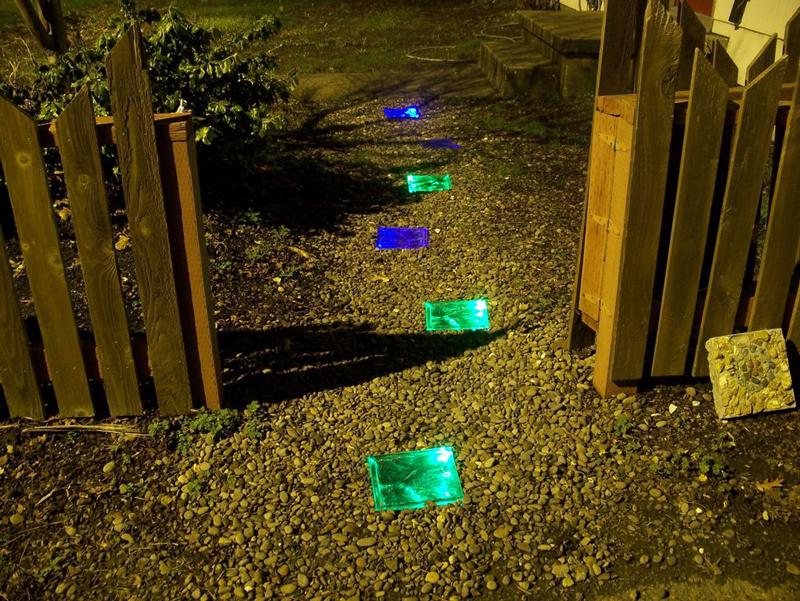 glowing-solar-powered-walkway-04