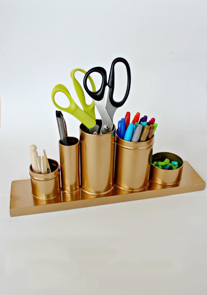How to make golden pencil holder diy crafts handimania for Diy desk stuff
