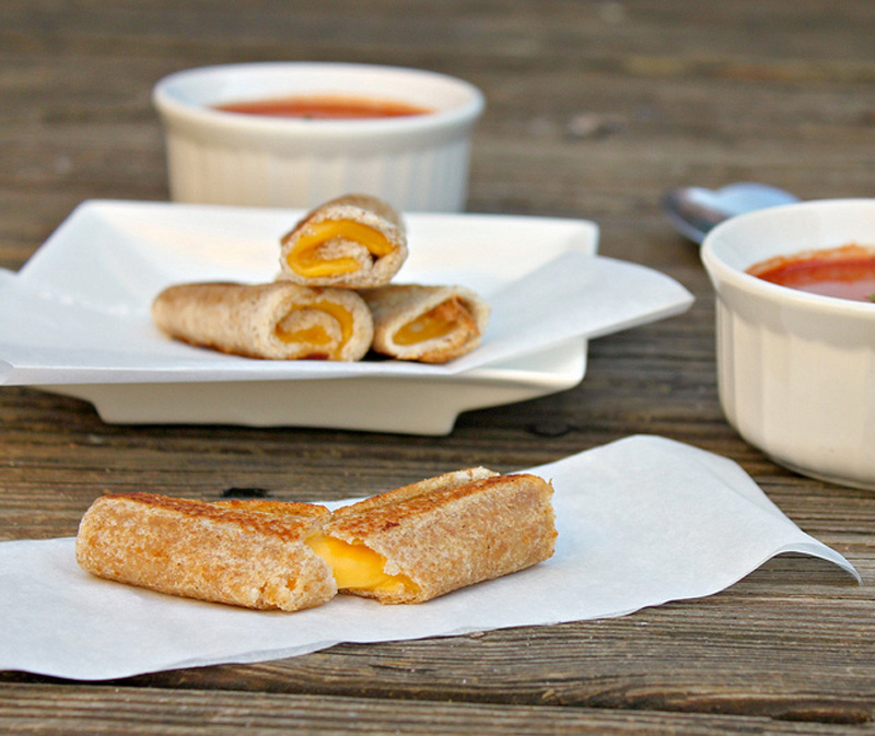grilled-cheese-rolls-01