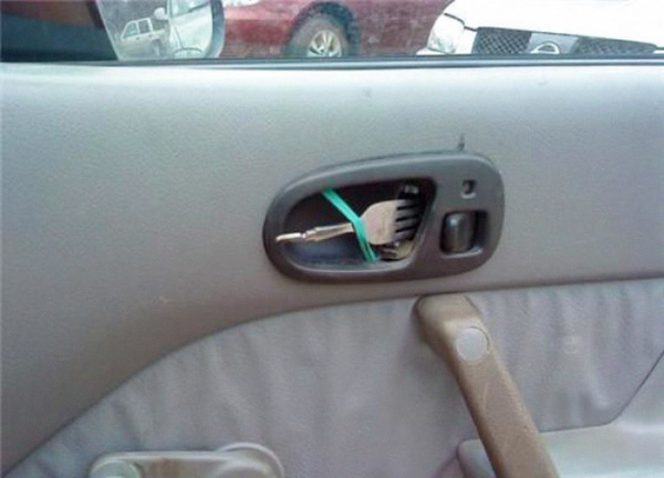 20 Handymen Whose Fixing Ideas Are So Scary That They Make You Laugh