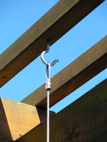 hanging-gutter-garden-step04