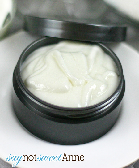 healthy-facial-moisturizer-fi