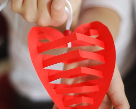 heart-shaped-ornaments-fi