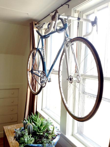homemade-bicycle-hanger-fi