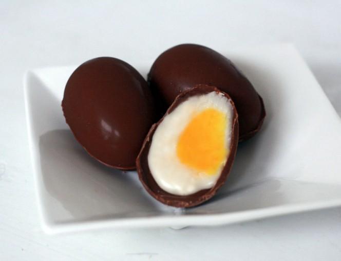 homemade-cadbury-creme-eggs-04