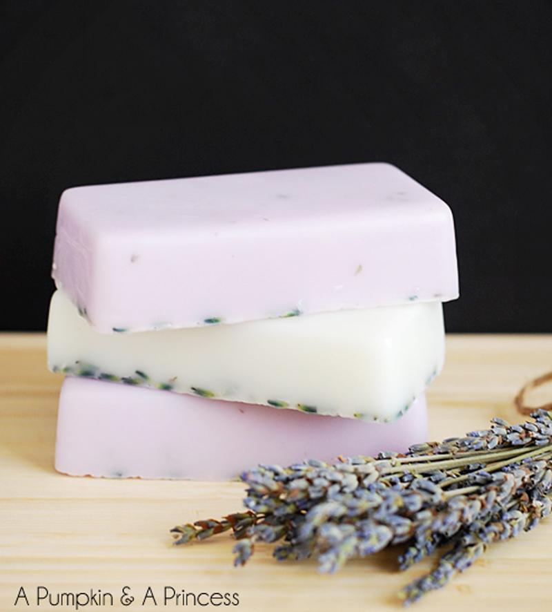 homemade-lavender-soap-03