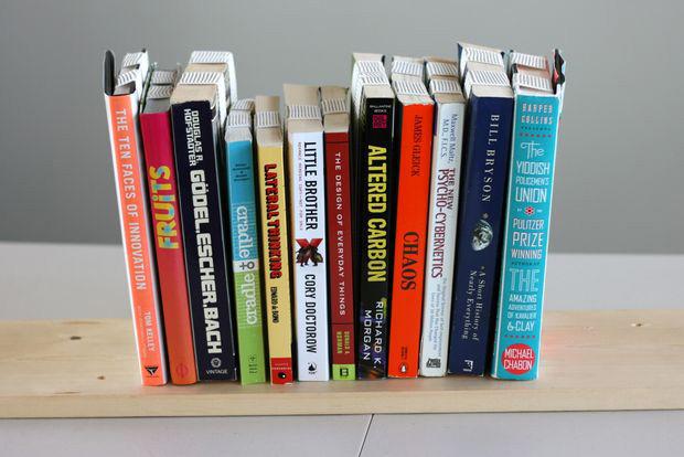 inverted-bookshelf-03