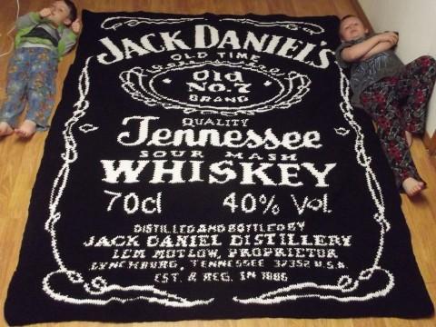 jack-danniels-crochet-blanket-02