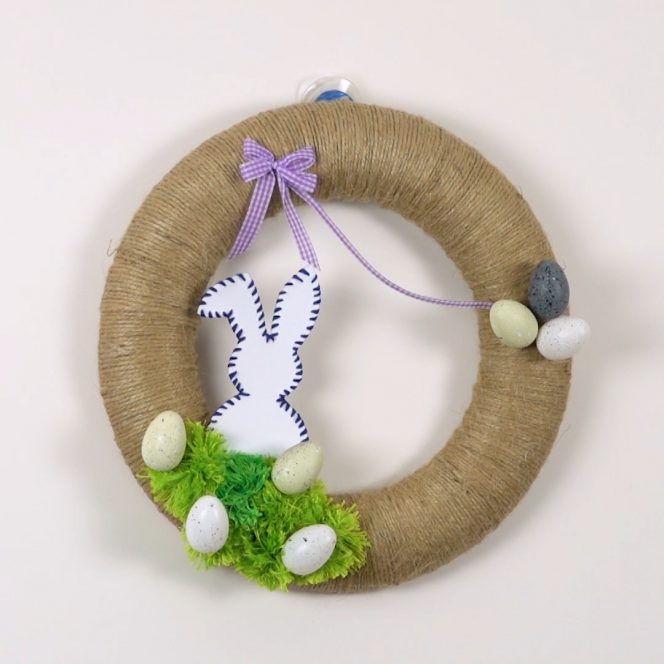 how to make easy and affortable easter wreath DIY