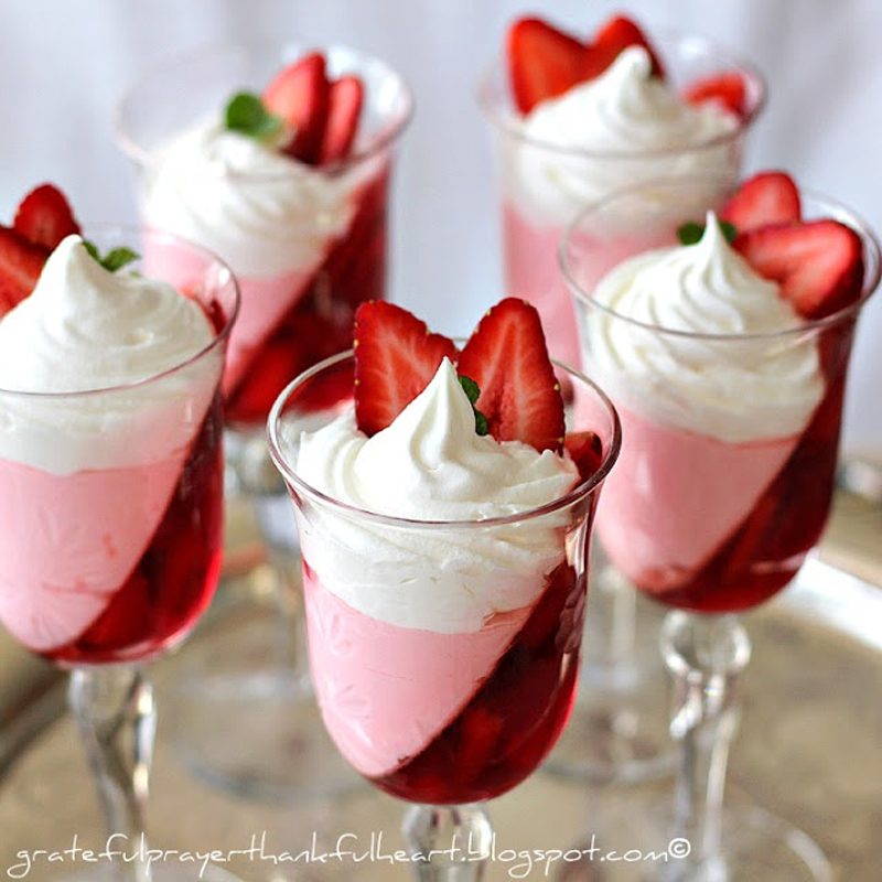jell-o-strawberry-parfait-02