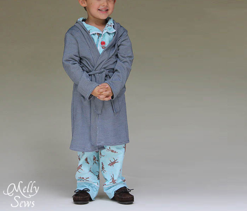 kids-sleep-robe-02