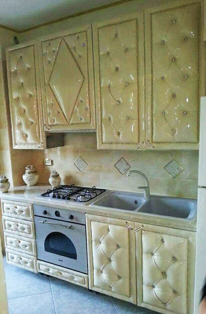 28 Nightmare Kitchen Designs That Really Exist