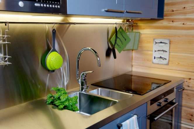 8 Mistakes We Make While Designing a Small Kitchen
