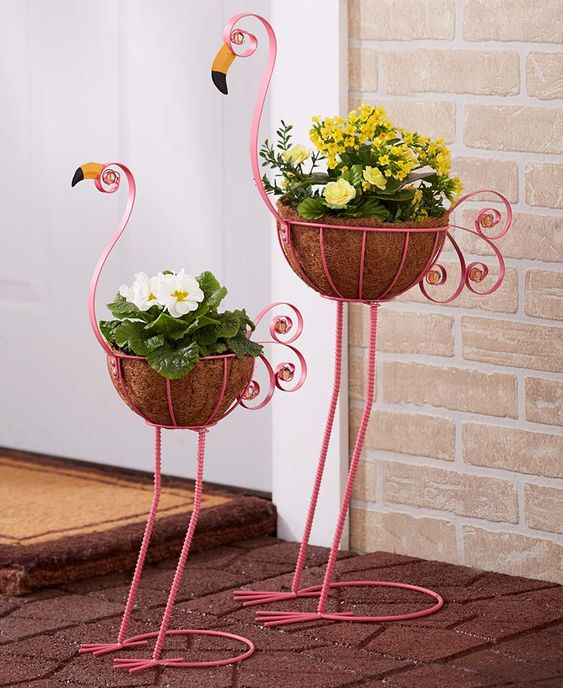 17 Plant Stands to Display All Your Plants at Home in a Spectacular Way