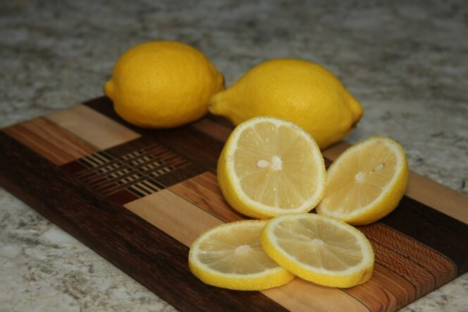 13 Interesting Applications of Lemon and Its Juice. It Is a Natural Alternative to Several Medications and Cosmetics