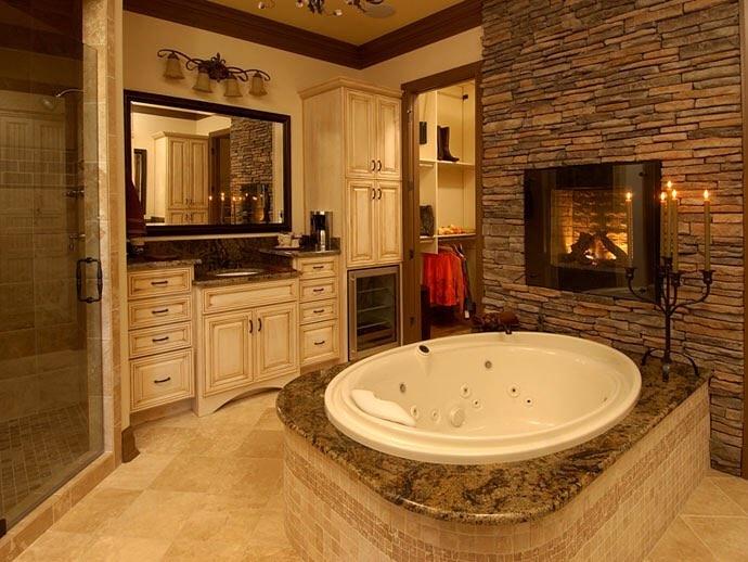 Lux bathroom