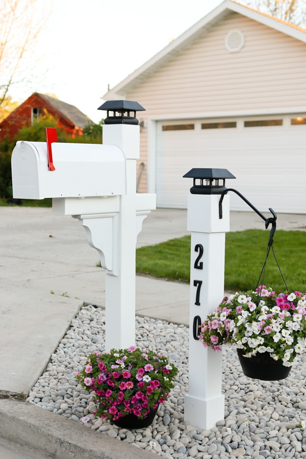 How to Surprise Your Mailman? Get One of the 15 Mailboxes!