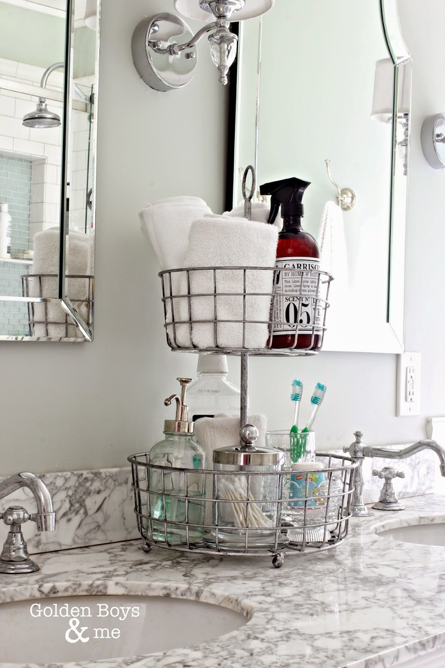 12 Smart Arrangement Ideas for Small Bathrooms. Make It Look Twice as Big!