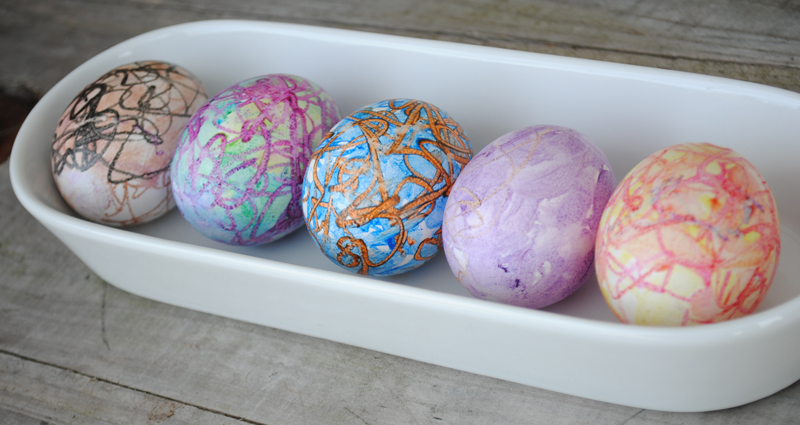 melted-crayons-easter-eggs-02