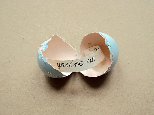 message-inside-an-egg-03