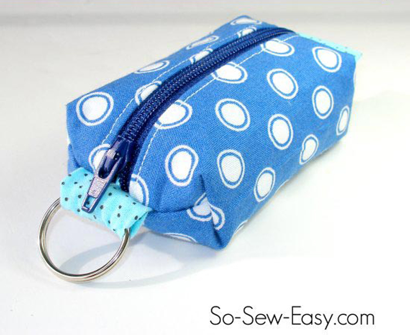 mini-zipper-pouch-keyring-02
