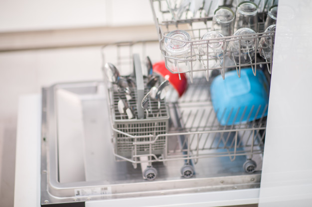 8 Gross Mistakes we Make every Time we Clean our Home!