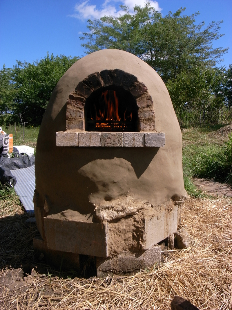 outdoor-cob-pizza-oven-04