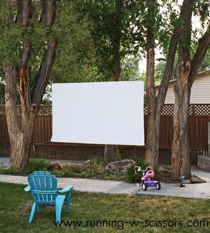 how to make outdoor movie screen diy crafts handimania. Black Bedroom Furniture Sets. Home Design Ideas