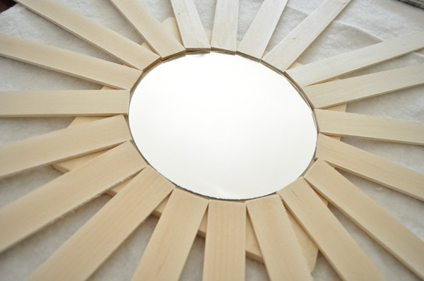 paint-stick-sunburst-mirror-02