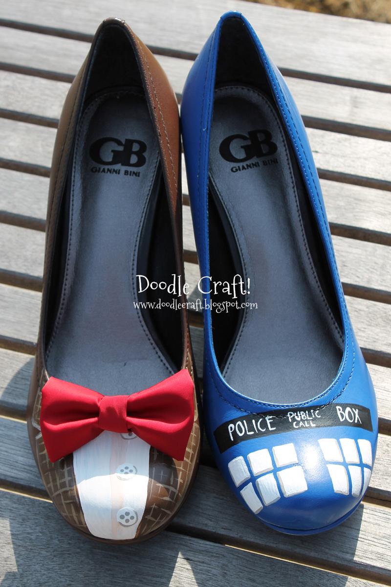 painted-tardis-heels-02