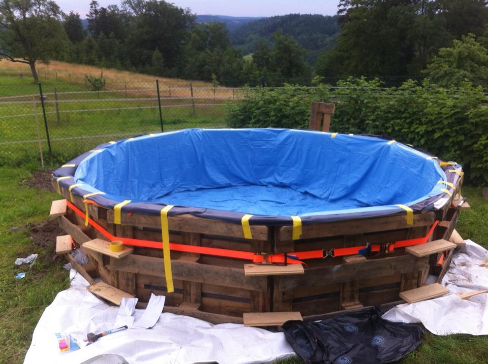 pallet-swimming-pool-04