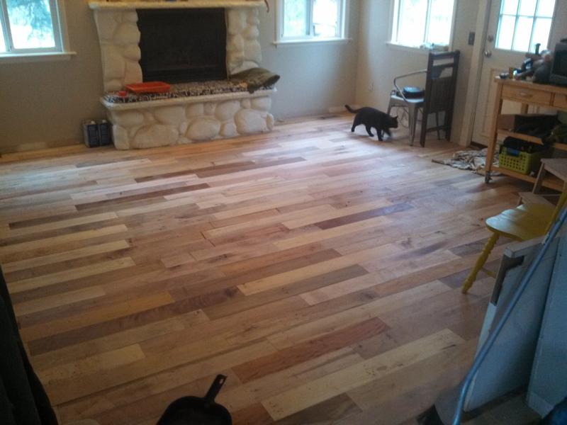 pallet-wood-floor-03