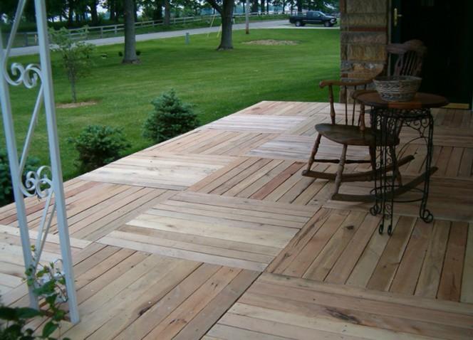 pallet-wood-front-porch-002