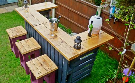 pallets-garden-bar-fi